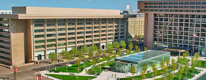 Our great location offers easy access to the metro and convenient smithsonian parking.