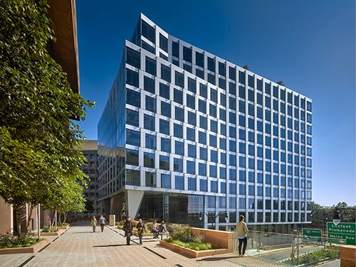 500-lenfant-plaza-exterior-washington-dc