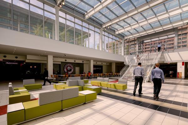 lenfant-plaza-new-retail-area
